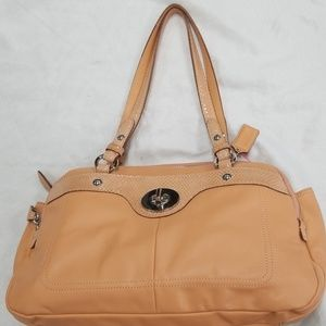 Coach peach leather shoulder bag